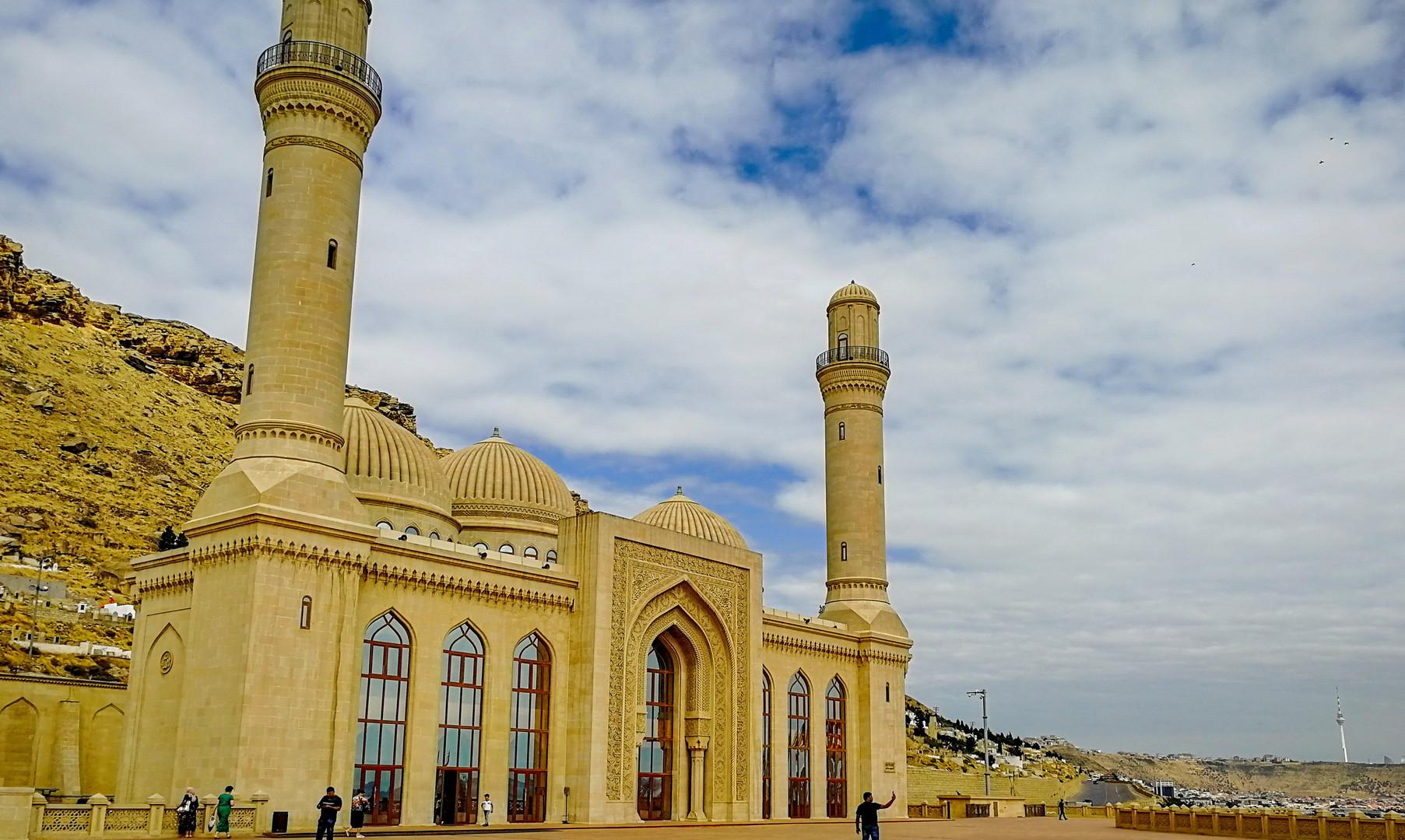 Мечеть Биби-Эйбат, Баку