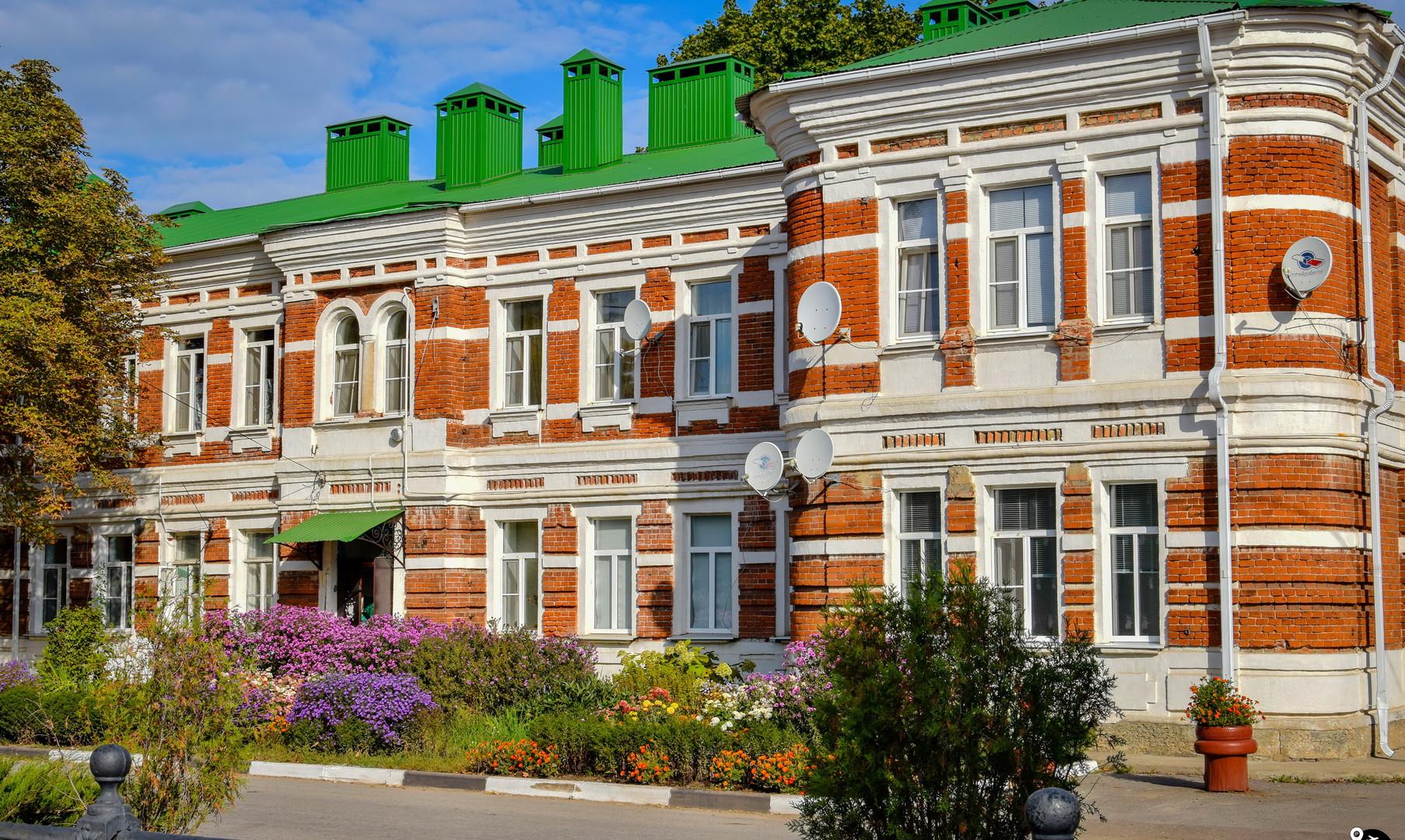 Старый город, Лев Толстой