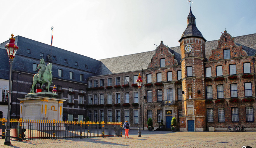Дворец в Дюссельдорфе