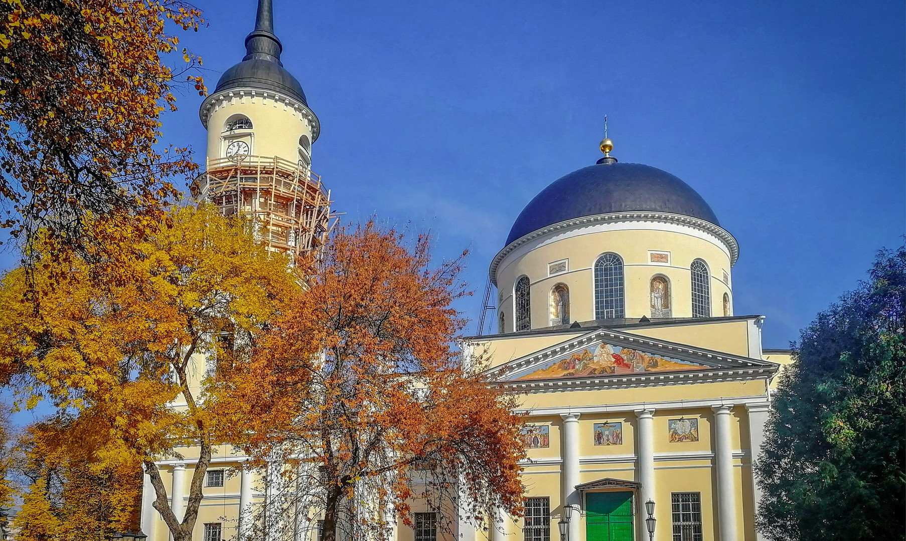 Свято-Троицкий собор, Калуга