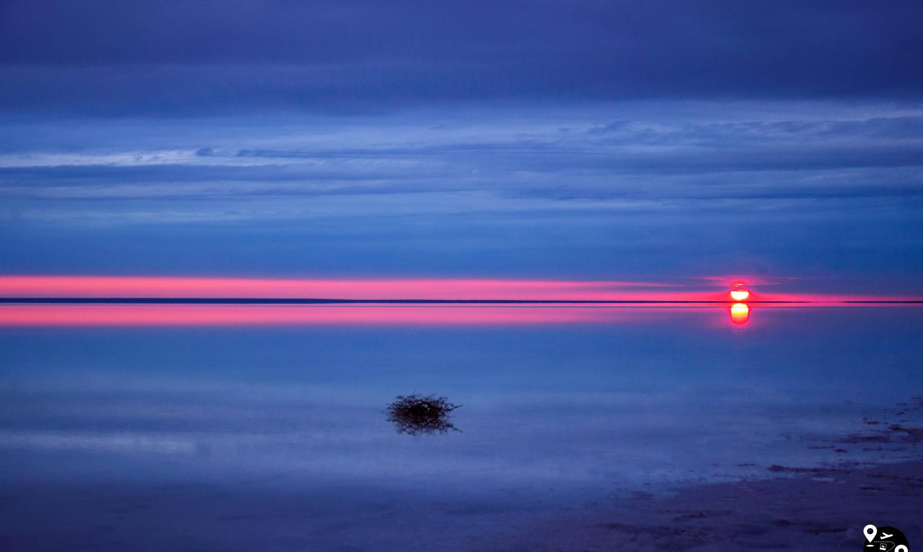 Закат над озером Эльтон