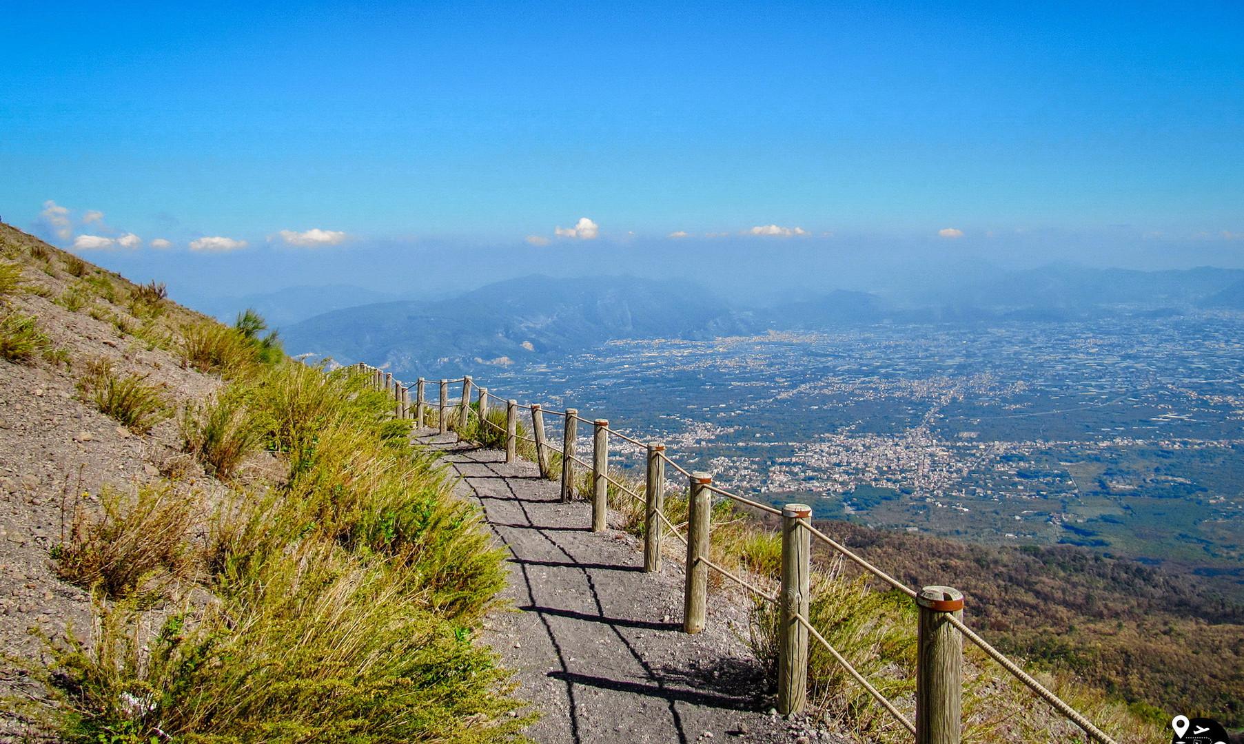 Тропа на вулкан Везувий