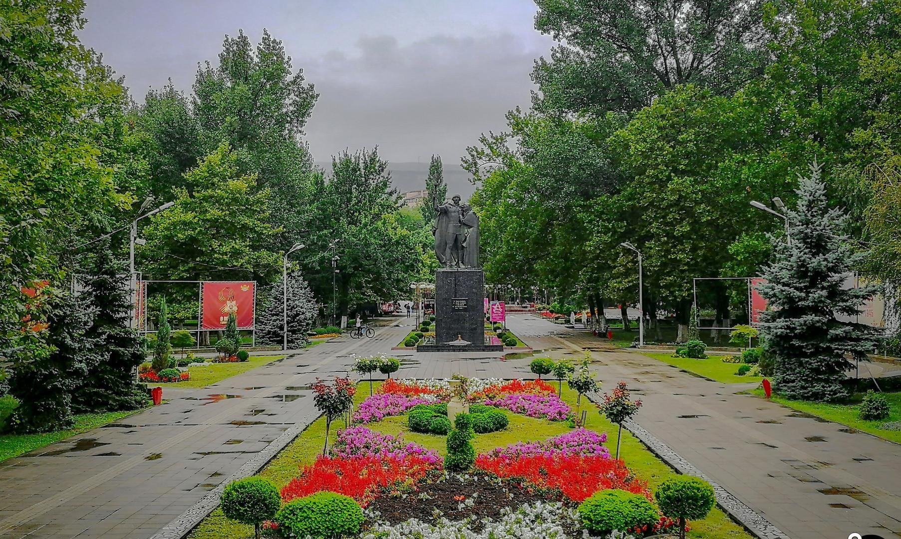 Аллея Героев, Махачкала