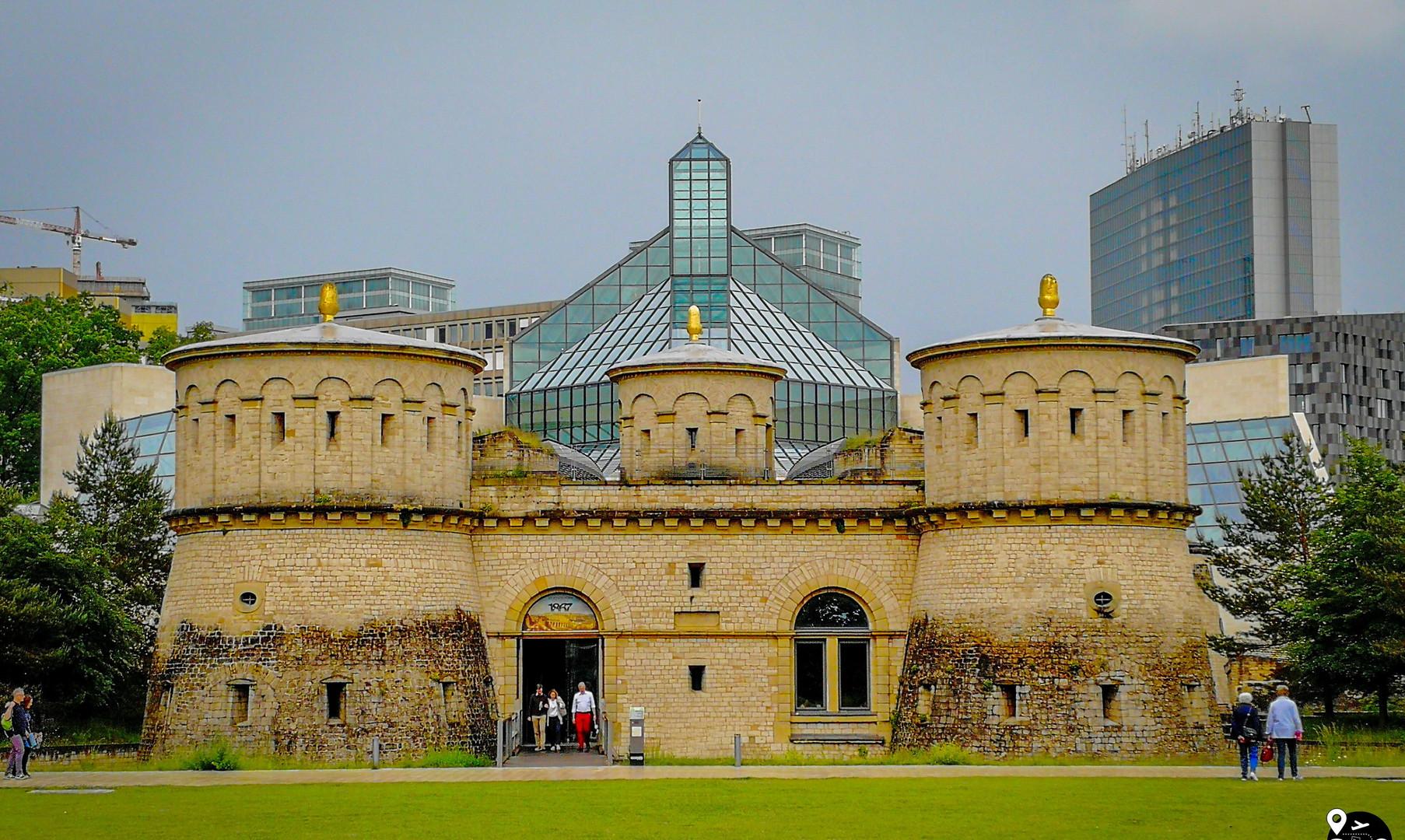 """Крепость """"Три желудя"""", Люксембург"""
