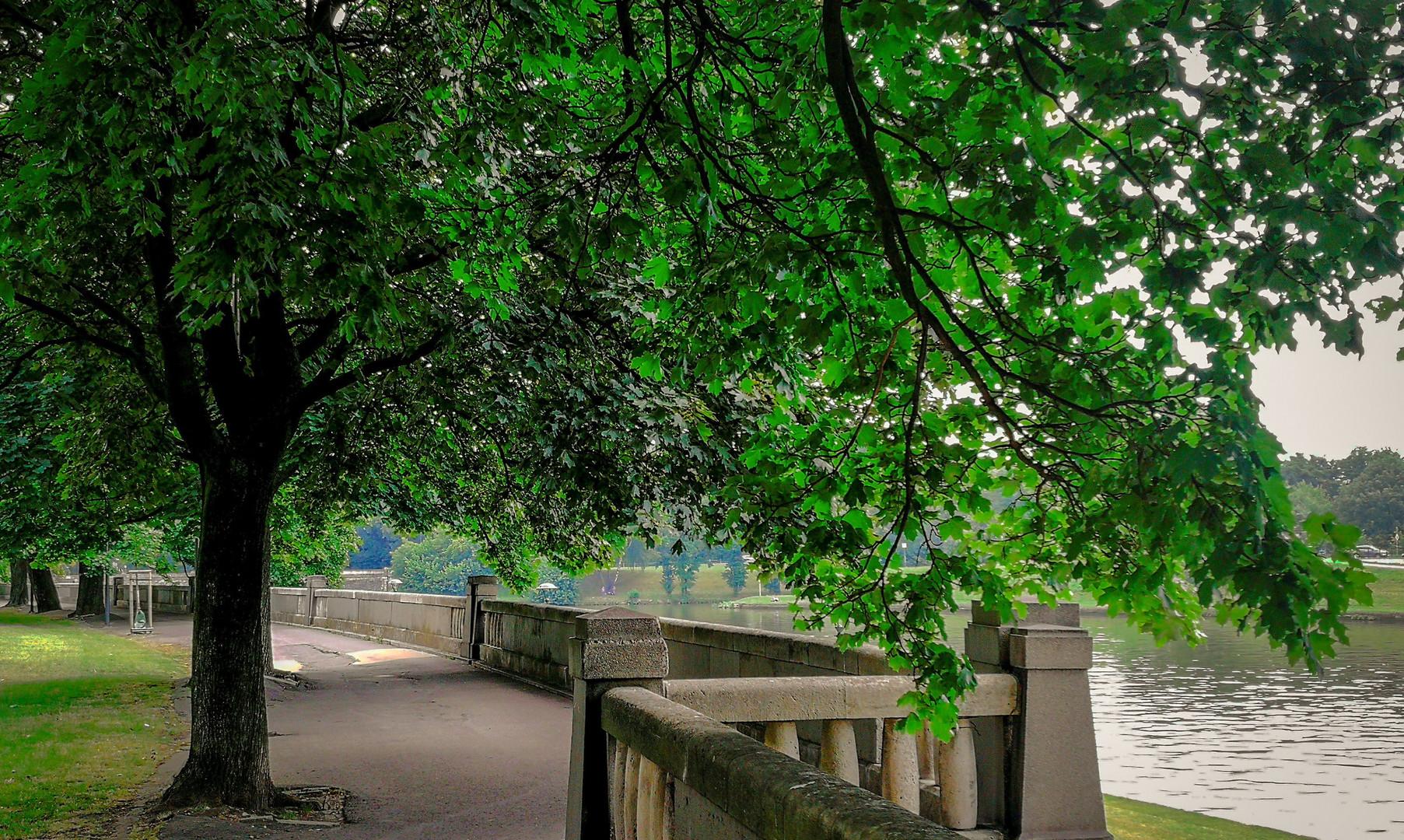 Набережная реки Вислы в Кракове