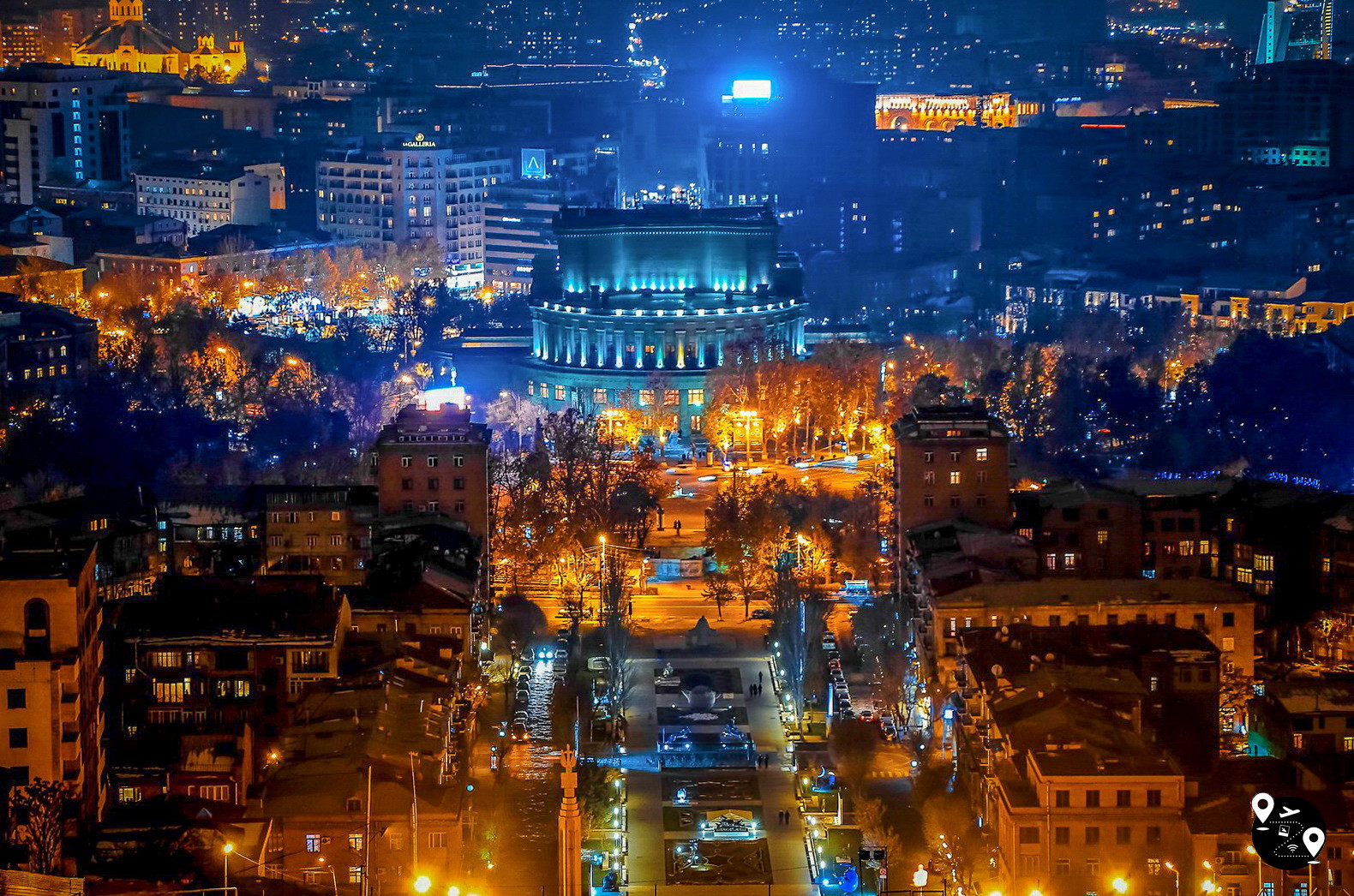 Панорама ночного Еревана