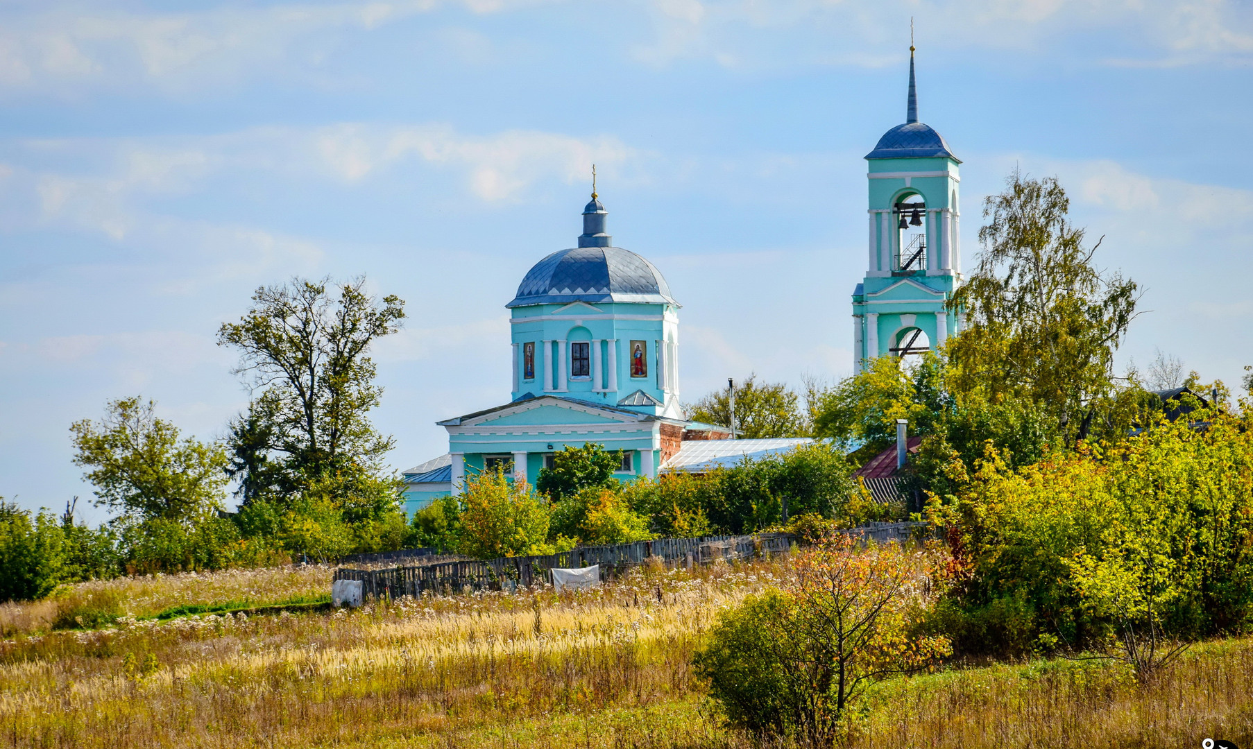 Троицкая церковь, Волотово
