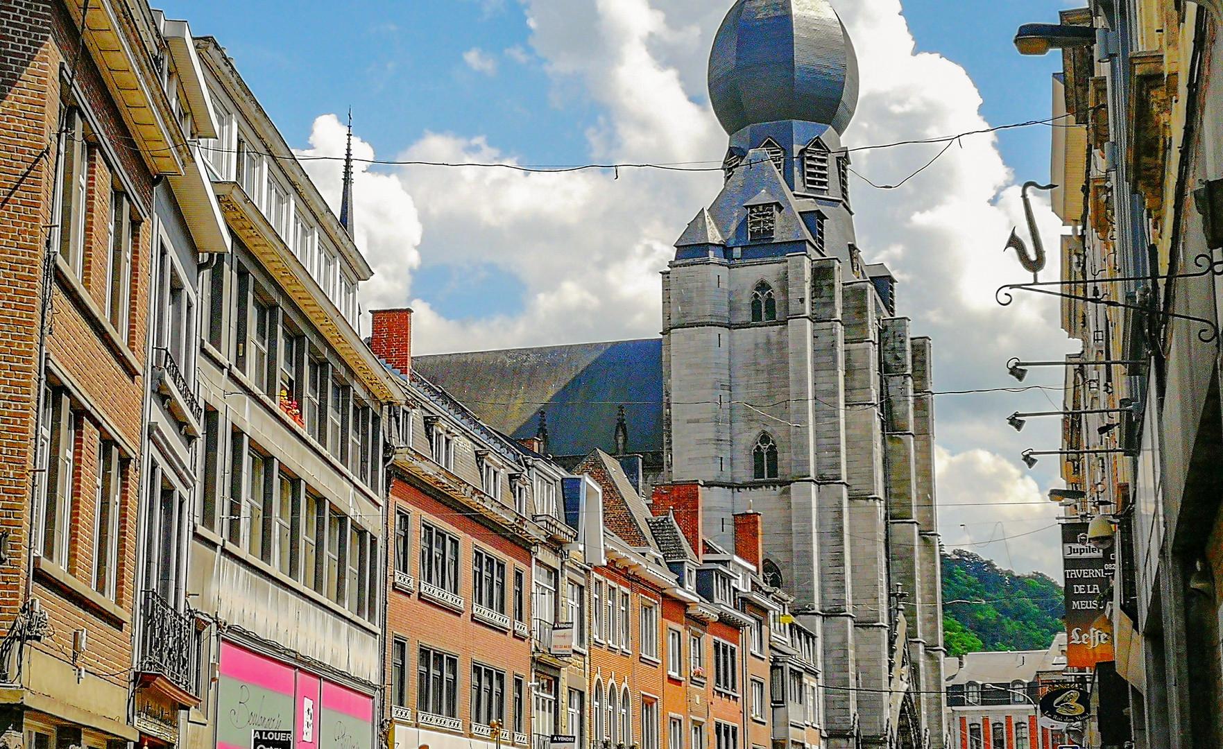 Центральная улица Динана
