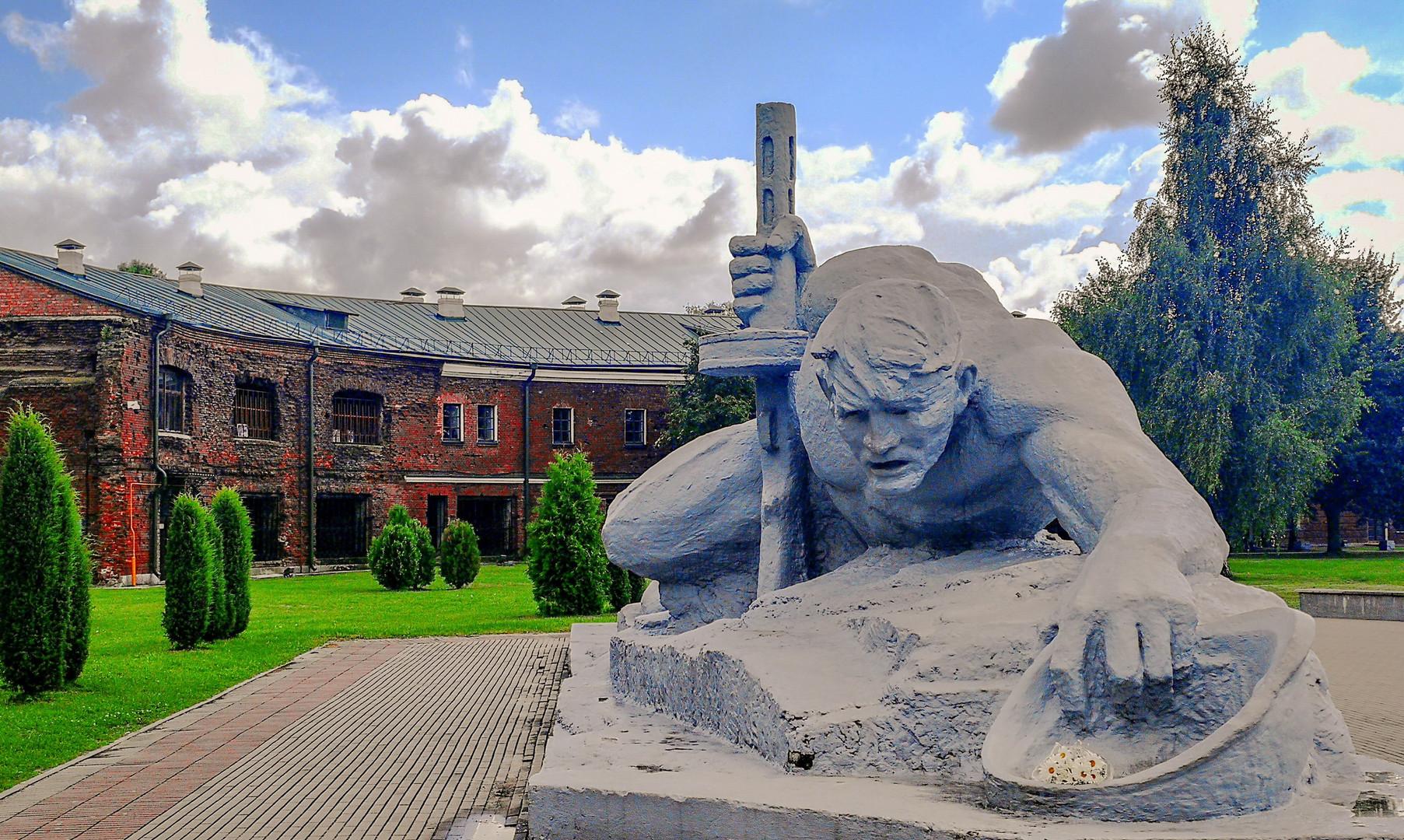 """Монумент """"Жажда"""" в Брестской крепости, Брест"""