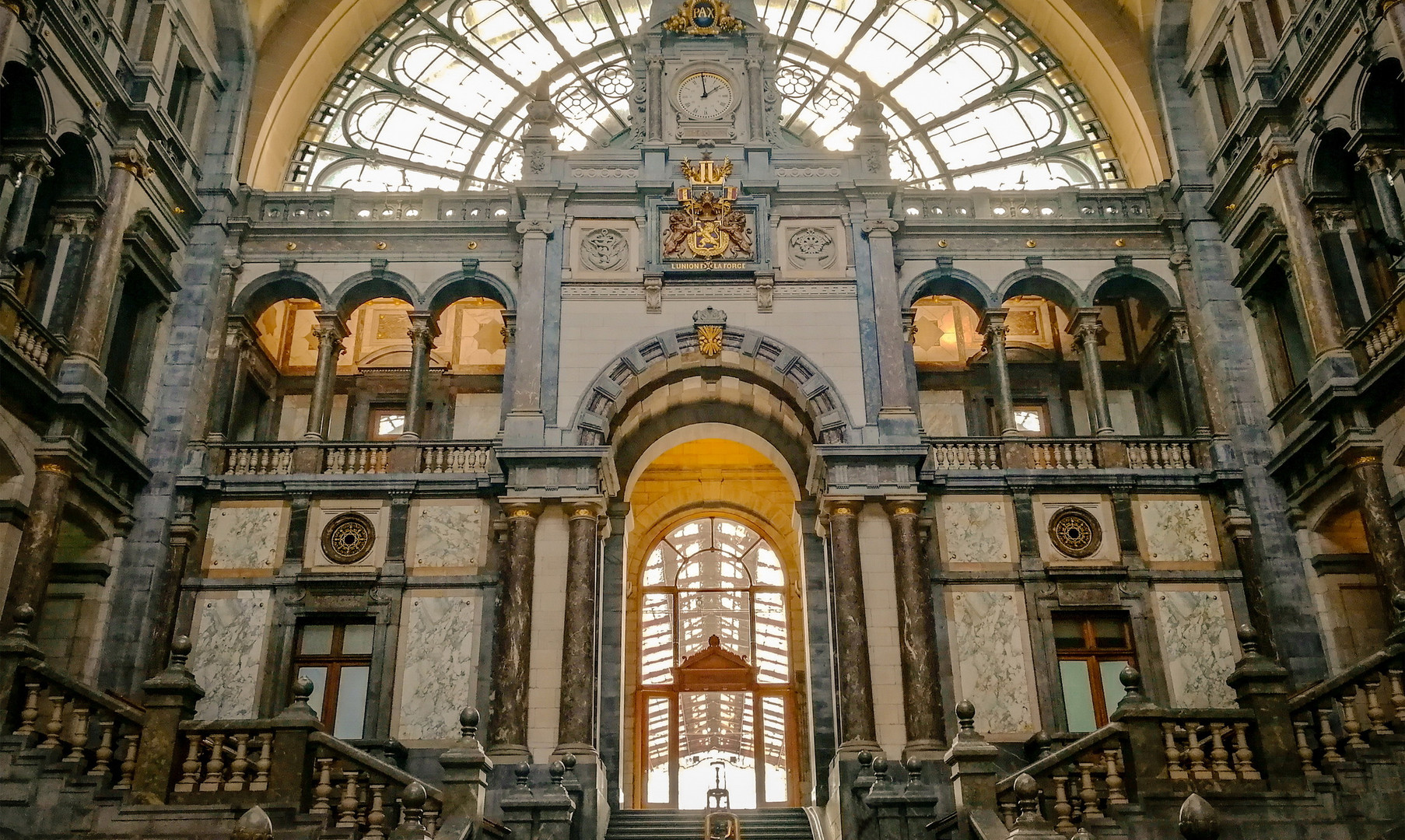 Ж/д вокзал Антверпена