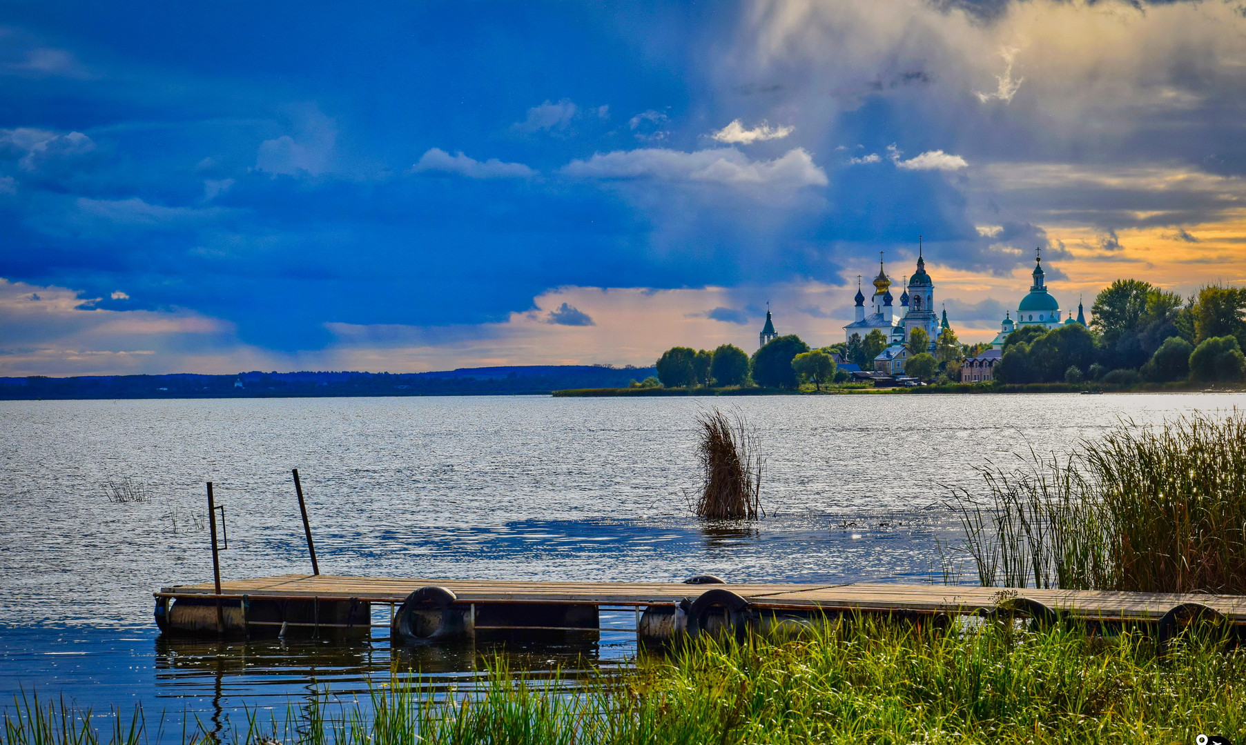 Пейзажи озера Неро, Ростов