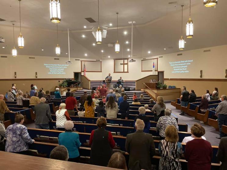 Morning Worship 3.jpg