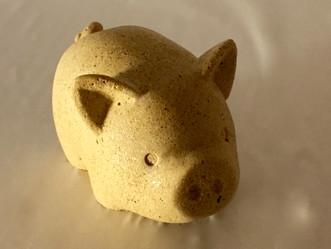 piggy - simbol of the year
