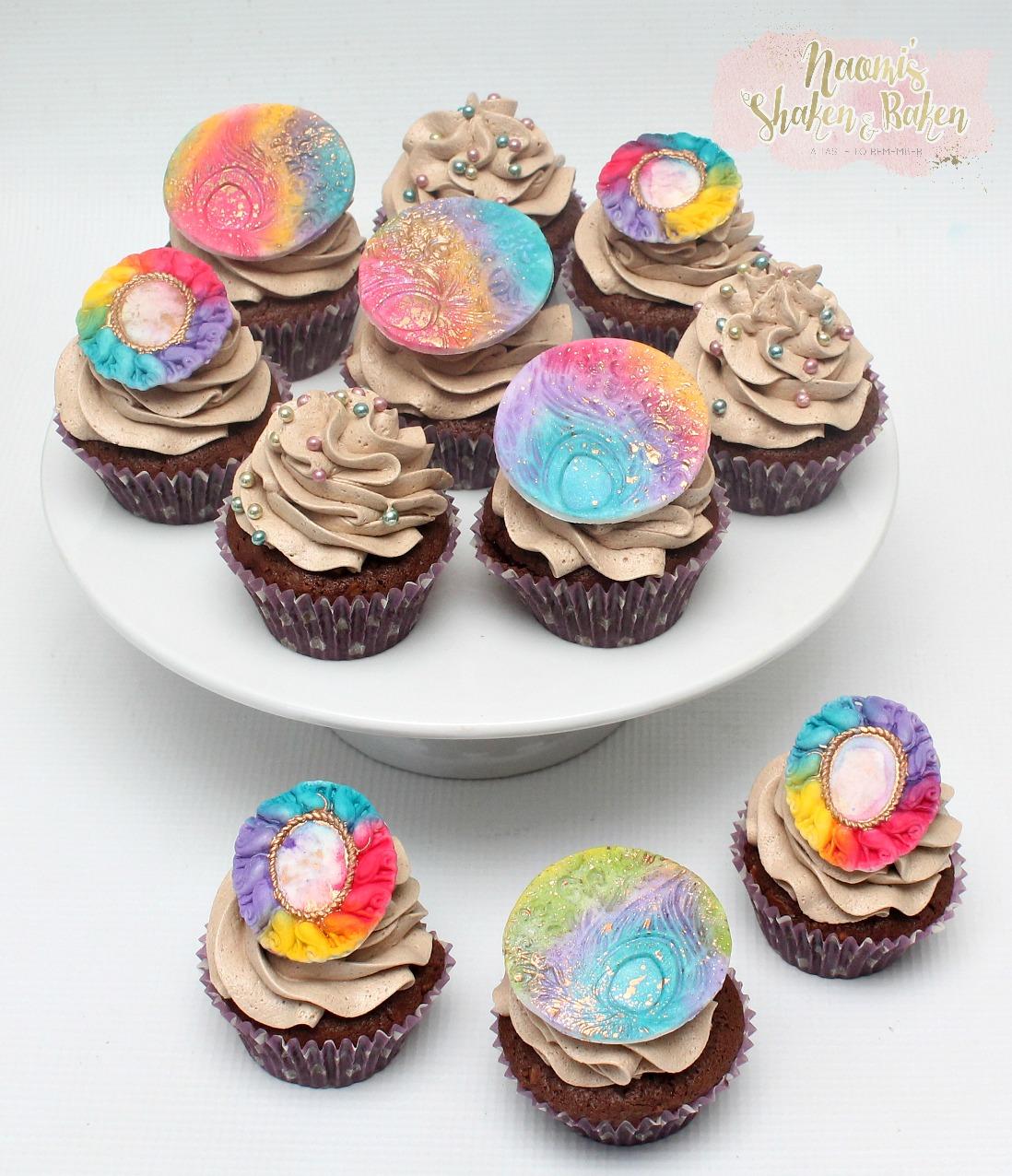 peacock hippy cupcakes