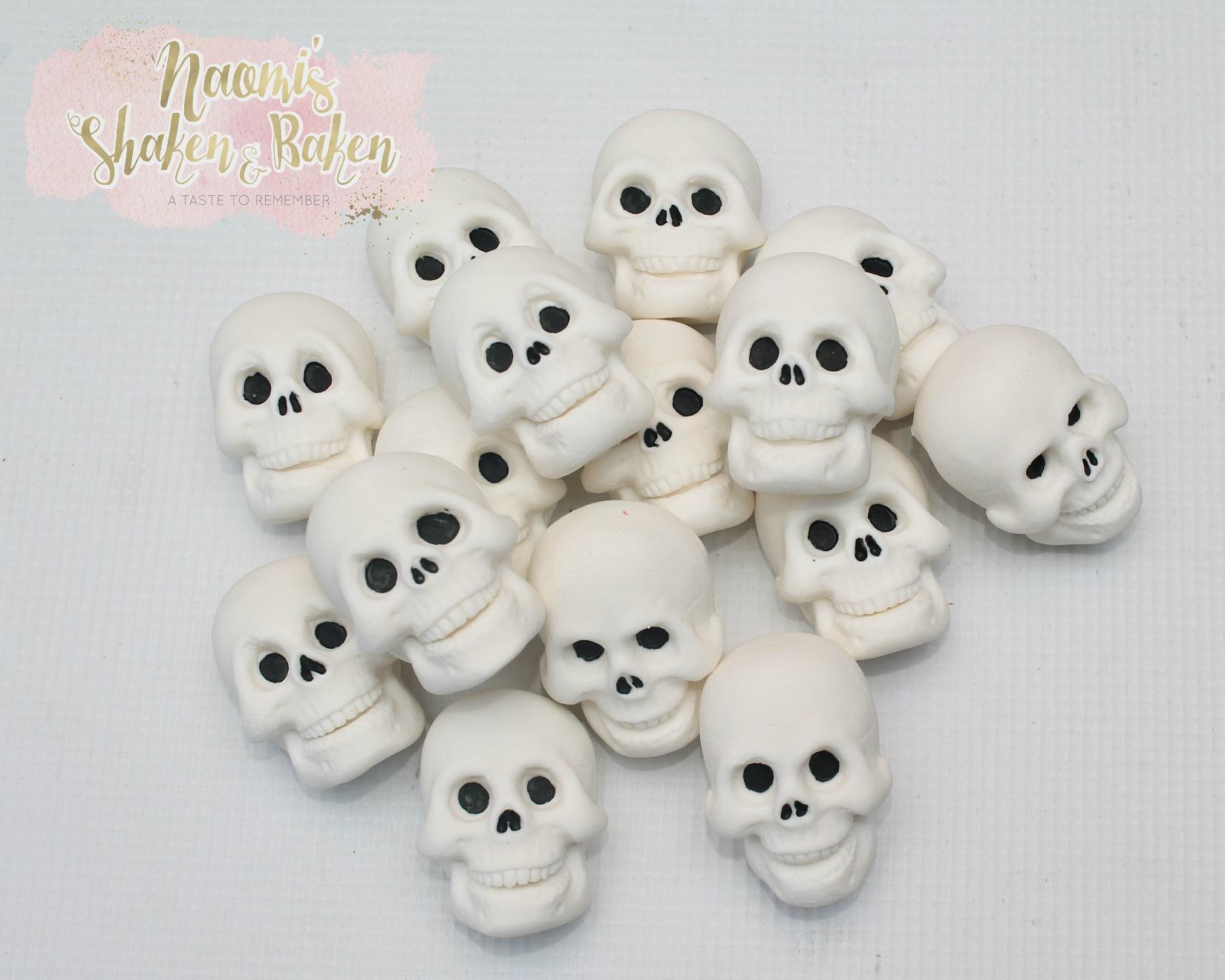 2D skull toppers