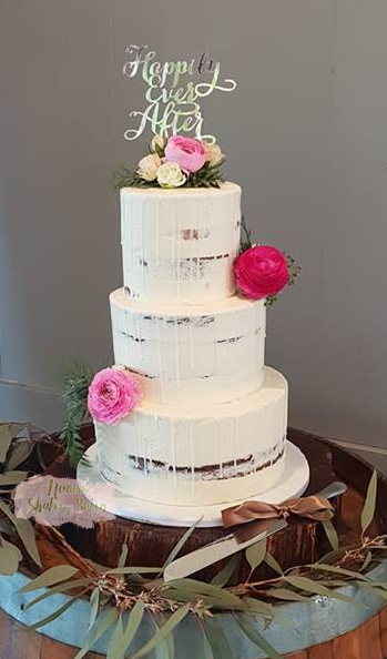 Semi Naked & Flowers Wedding Cake