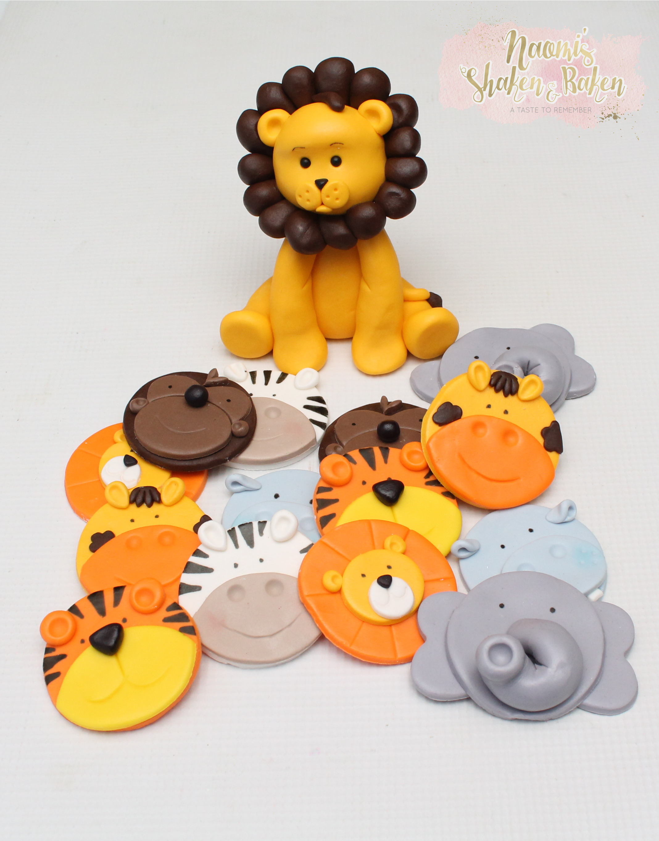 Lion & jungle animal toppers