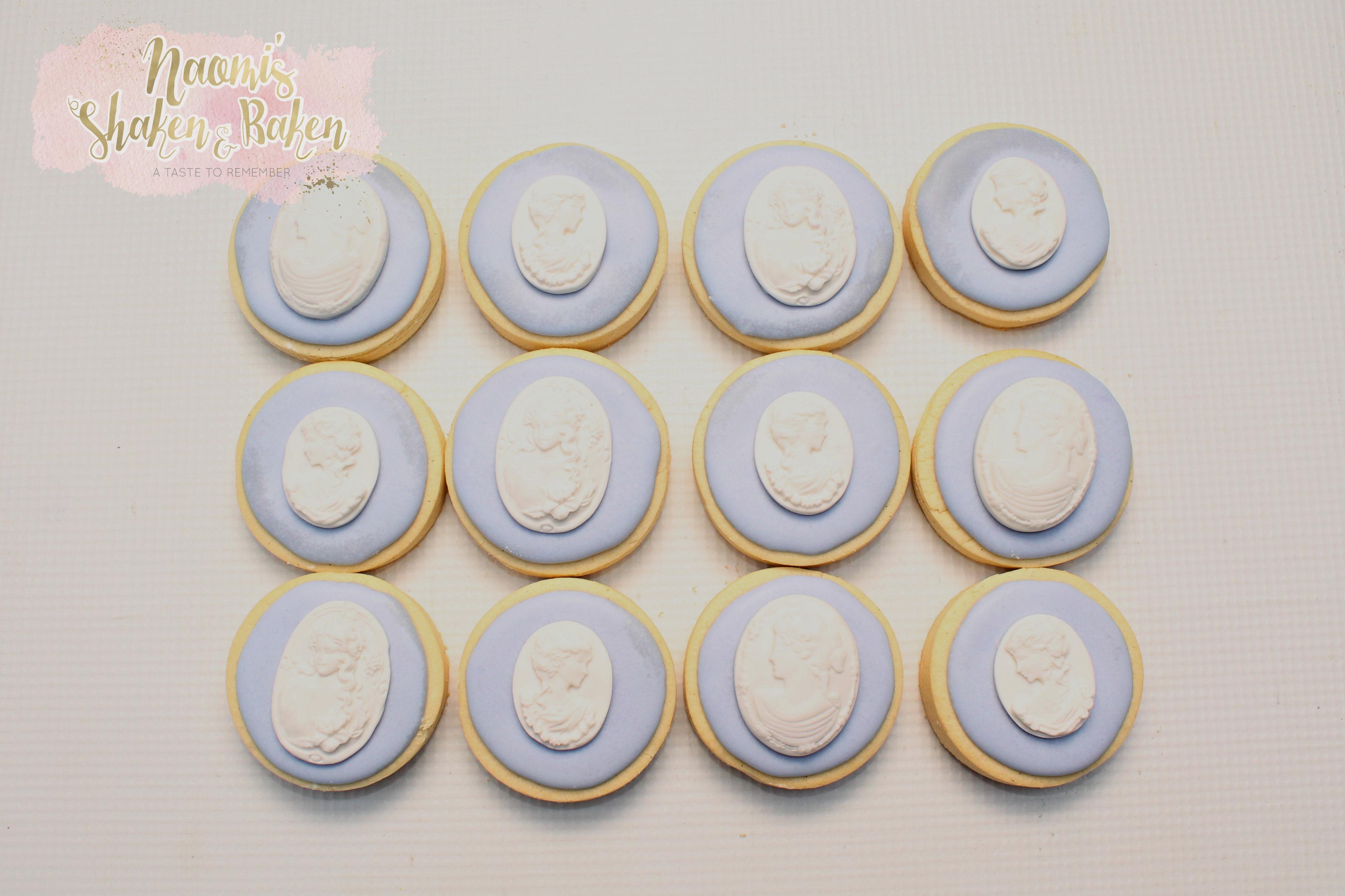 Vintage themed cookies