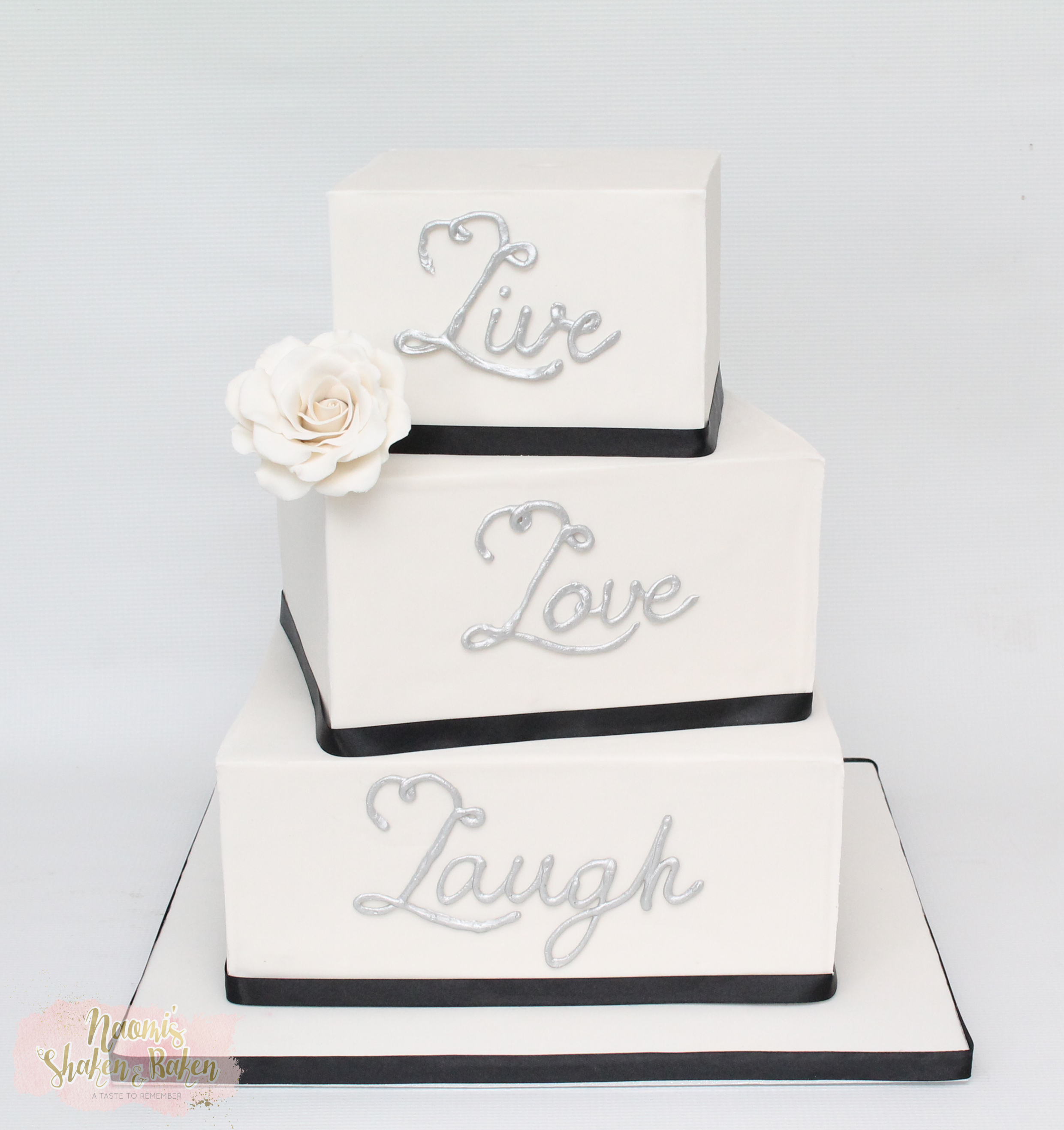 Bribie Island RSL Wedding Cake