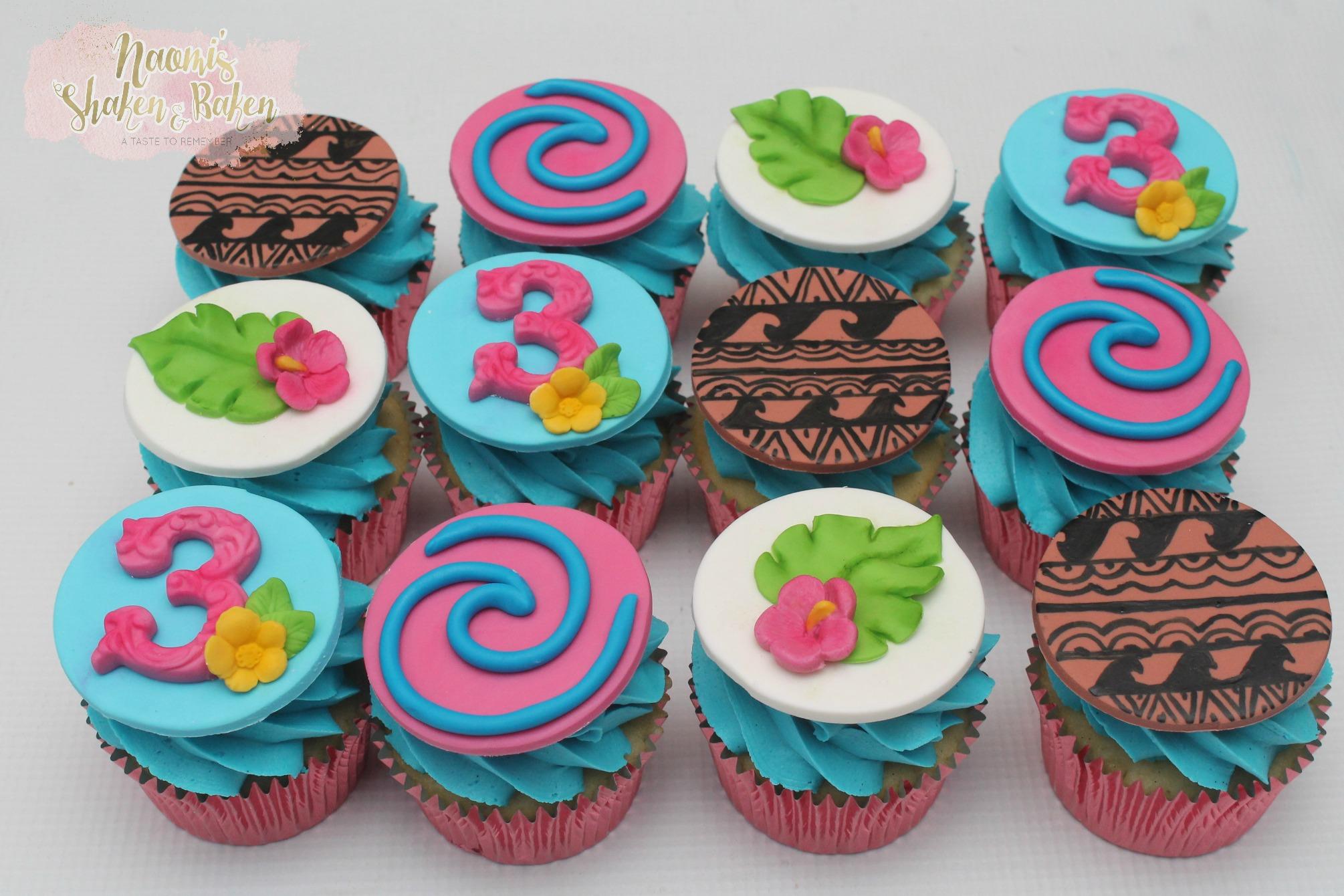 Moana themed cupcakes