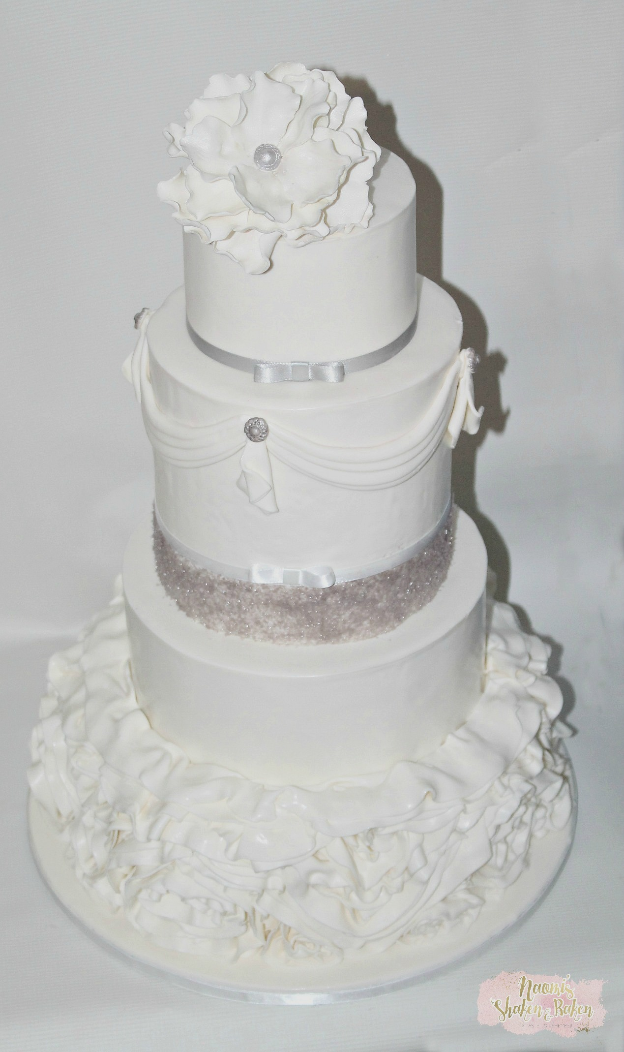 Grand ruffle wedding cake