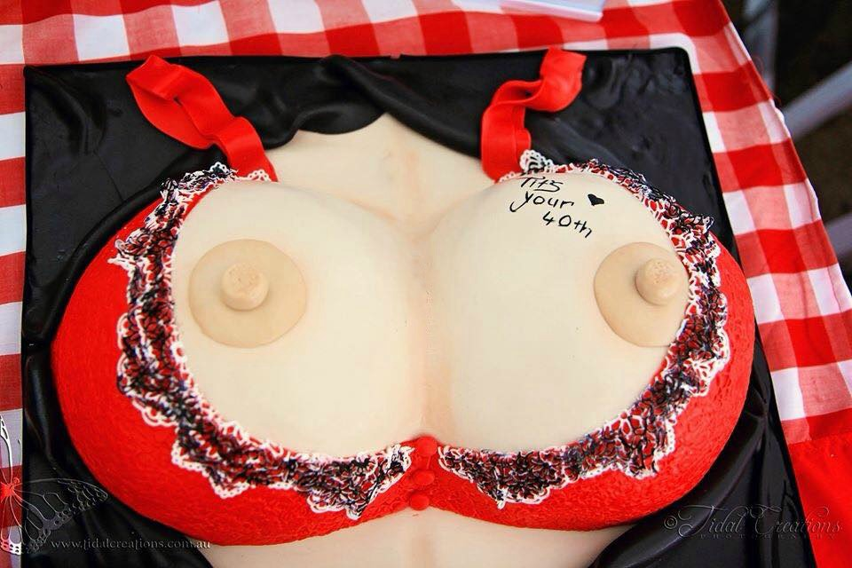 Boob tits Cake Caboolutre