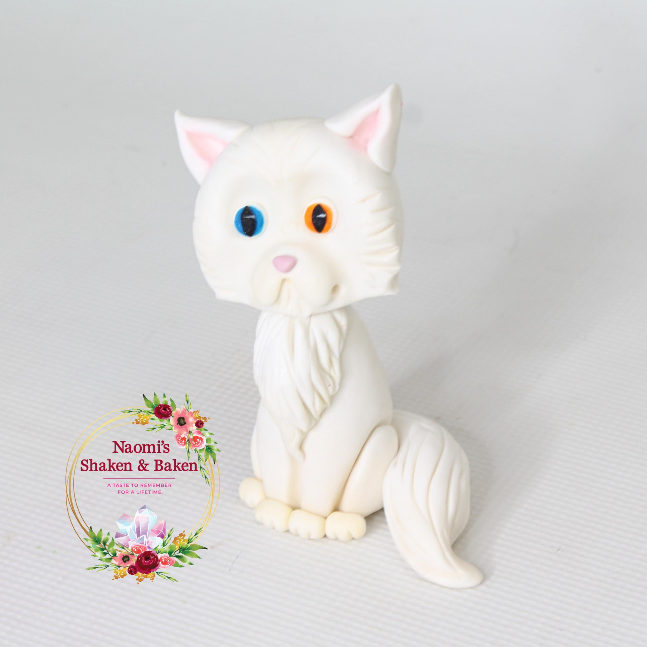 3D Handmade Edible Fondant Cat