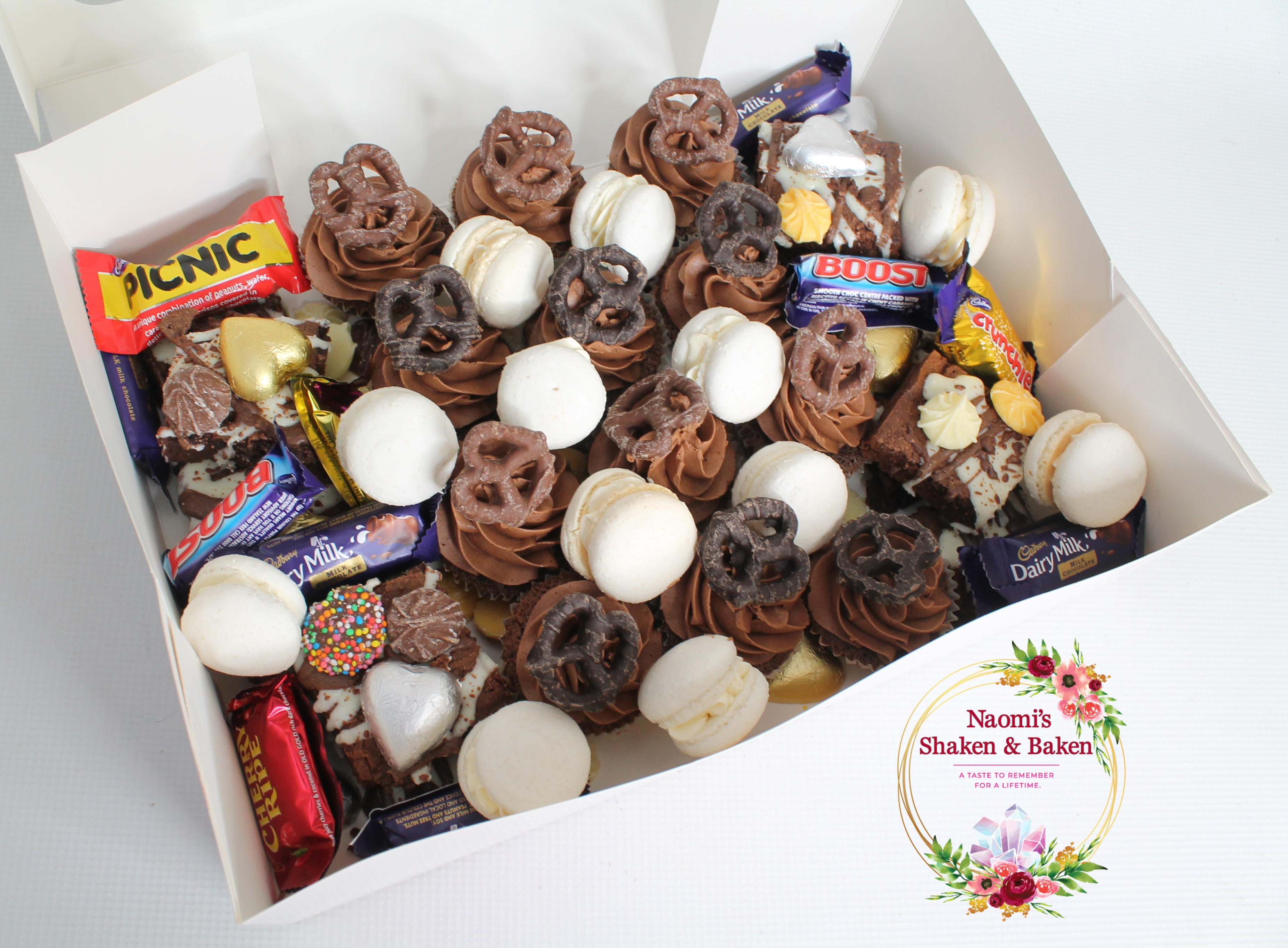 Chocoholics Cakealicious Graze Box
