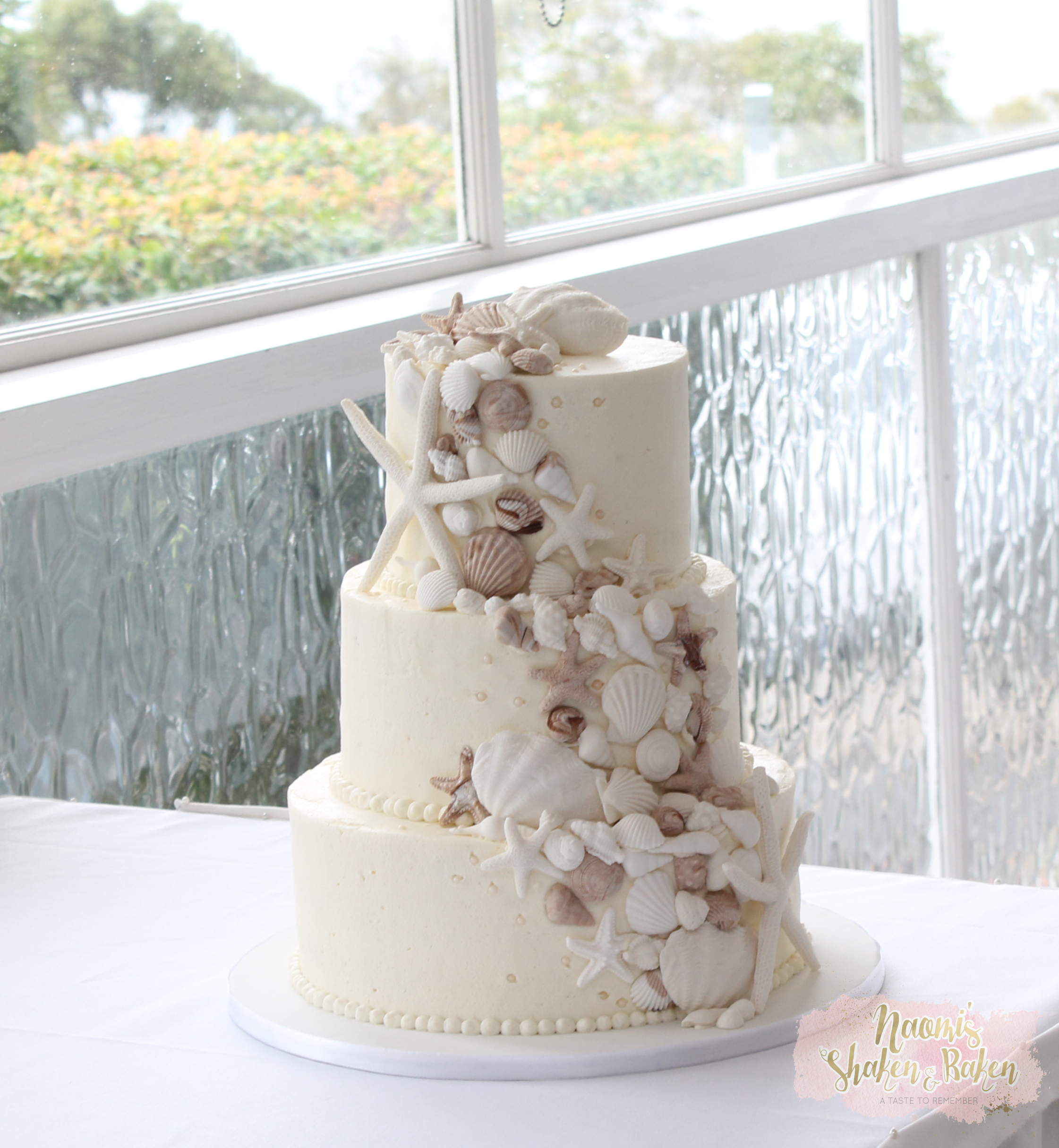 Shells & starfish butter cream cake
