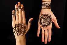 Mani di henné