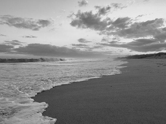 Matunuck Beach Black & White 001
