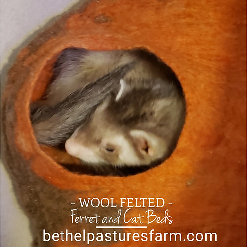 Felted Ferret Cave (Small Animal Bed)