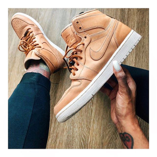 I only pull these out in the fall!!🍂_AJ