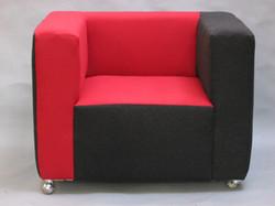 CUB' , fauteuil design à roulette