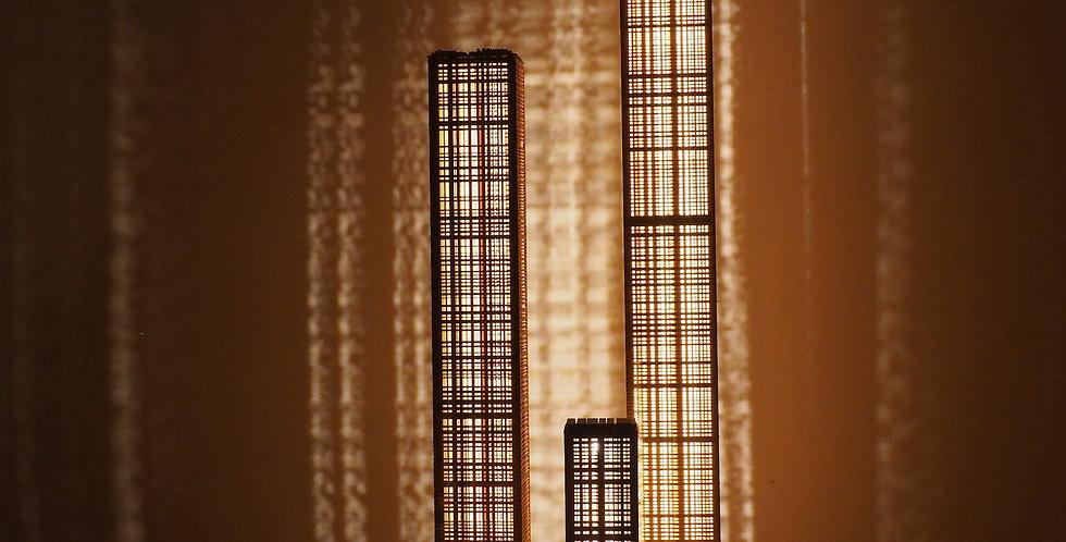 Trio de colonnes lumineuses