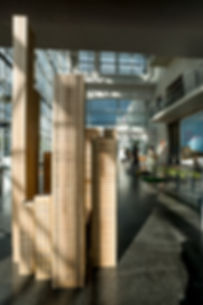 lampe en bois, colonne lumineuse Gilles Ansel