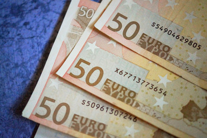 150 Euro.jpg