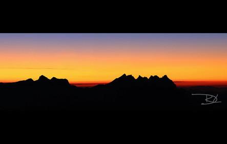 panorama-montagne-les-alpes-001-.jpg