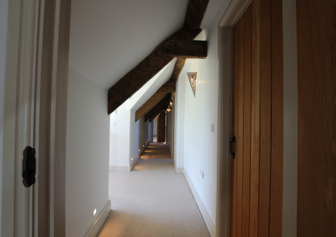 Upper hallway Malt Barn