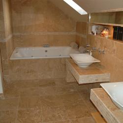 Country Blend - Bathroom