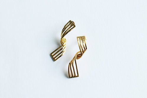 contemporary, handmade, elegant gold plated silver twist earrings