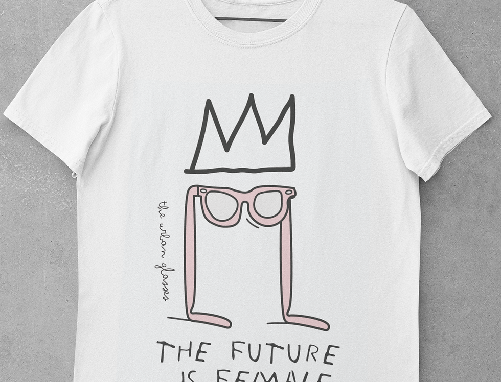THE FUTURE IS FEMALE/ El futuro es femenino