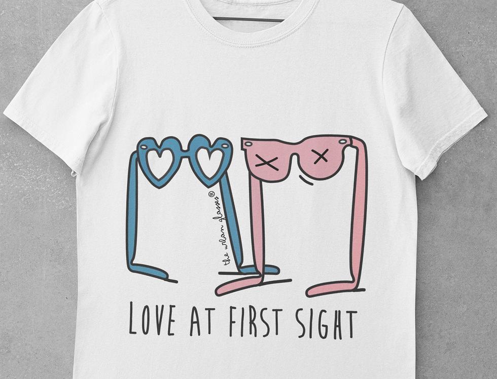 LOVE AT FIRST SIGHT/ Amor a primera vista