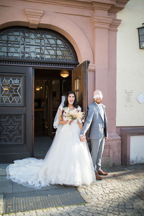 Carla&Andy_FirstLook_660.jpg
