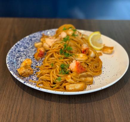 Spaghetti au homard & calamar, bisque de langoustines 2021