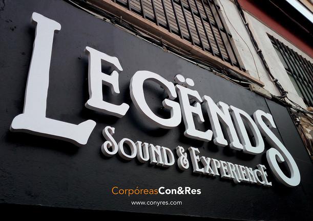 Letras corpóreas fresadas + retroiluminadas Discoteca Legends