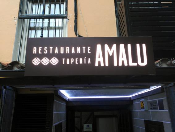 Rótulo Envolvente con Bastidor Restaurante Amalu