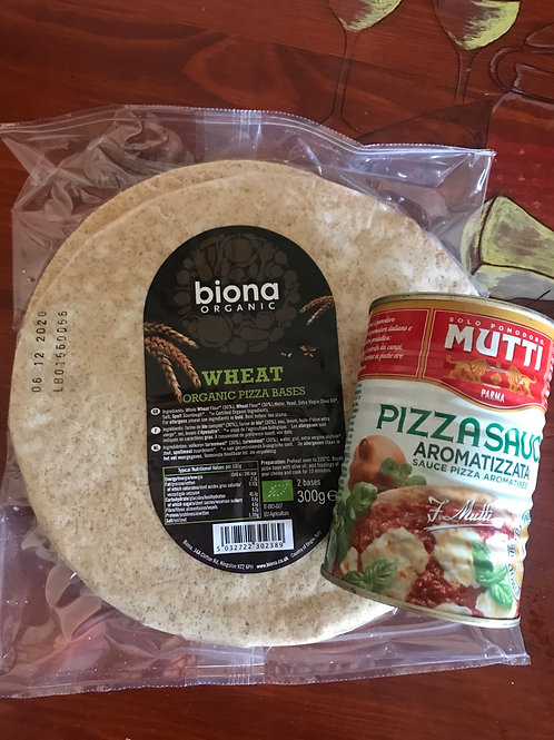 Pizza Kit for 2 - Base - Sauce - Mozzarella Olives and Fennel Salami  🍕
