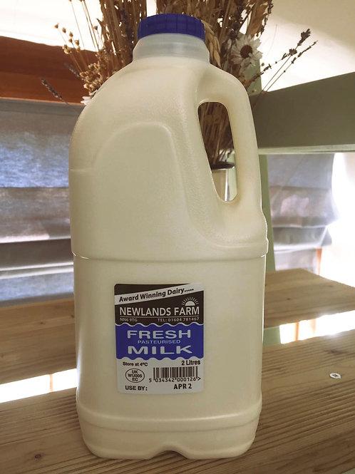Newlands Farm, Northants, Milk