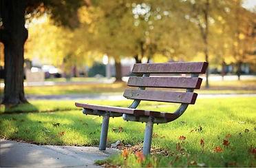 Park bench Mobile.jpg